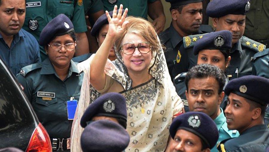 খালেদার ''সুচিকিৎসার'' দাবিতে বিএনপি'র প্রতীকী অনশন