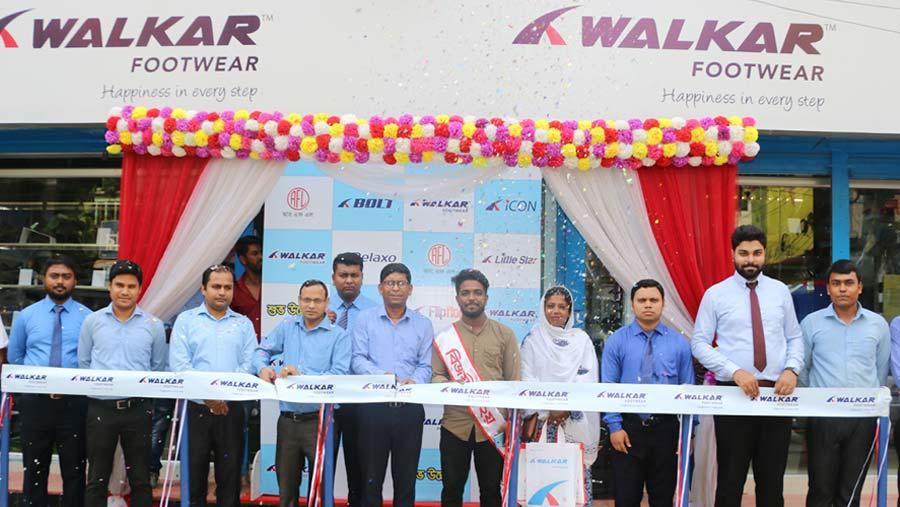 'ওয়াকার' ফুটওয়্যার-এর ৫০তম শোরুম টাঙ্গাইলে