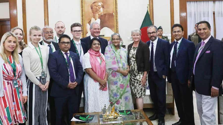 মায়ানমারকে রোহিঙ্গাদের ফেরত নিতে হবে: শেখ হাসিনা