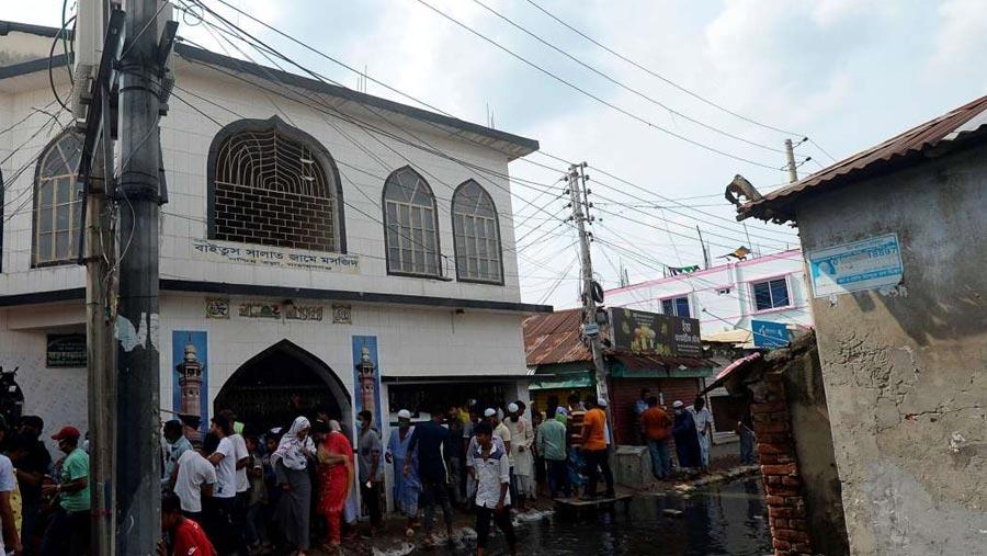 নারায়ণগঞ্জ মসজিদে বিস্ফোরণ: দগ্ধ আরও একজনের মৃত্যু