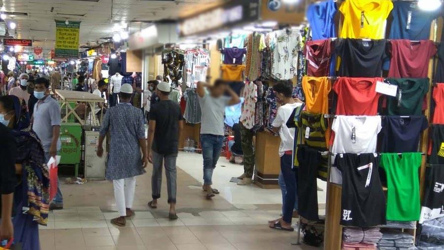 ঢাকায় দোকানপাট-শপিংমল খোলা থাকবে রাত নয়টা পর্যন্ত